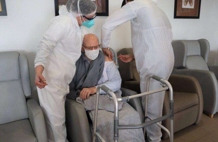 DomusVi Clínica da Lomba - Vacinação Covid-19